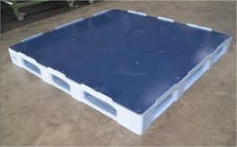 TC tailor-made plastic pallet 1600 x 1600 mm
